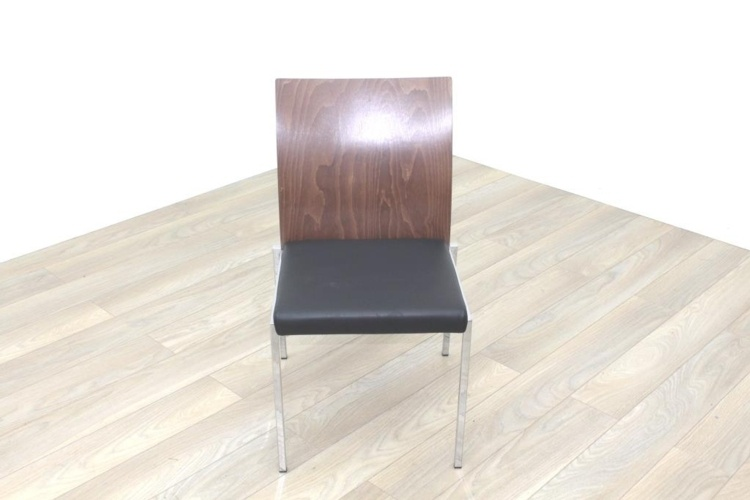 Brunner Walnut Back Black Leather Seat
