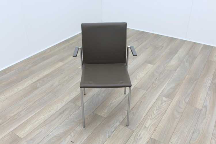 Brunner Brown Leather with Armrests Meeting Chair