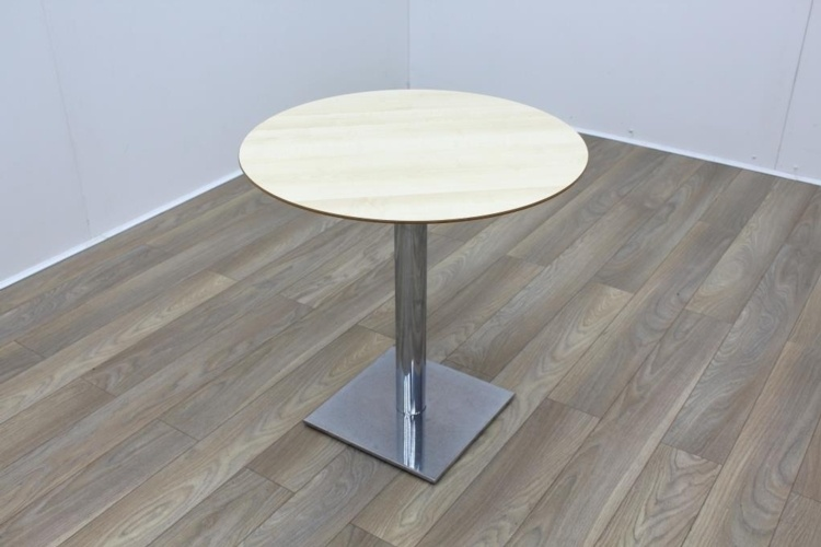 Maple Round Table 750mm