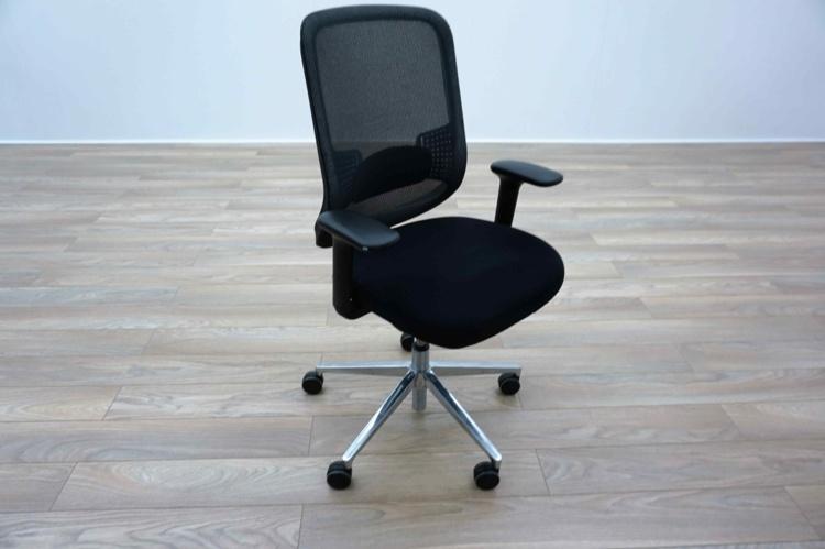 Orangebox DO Black Mesh / Fabric Multifunction Office Task Chairs