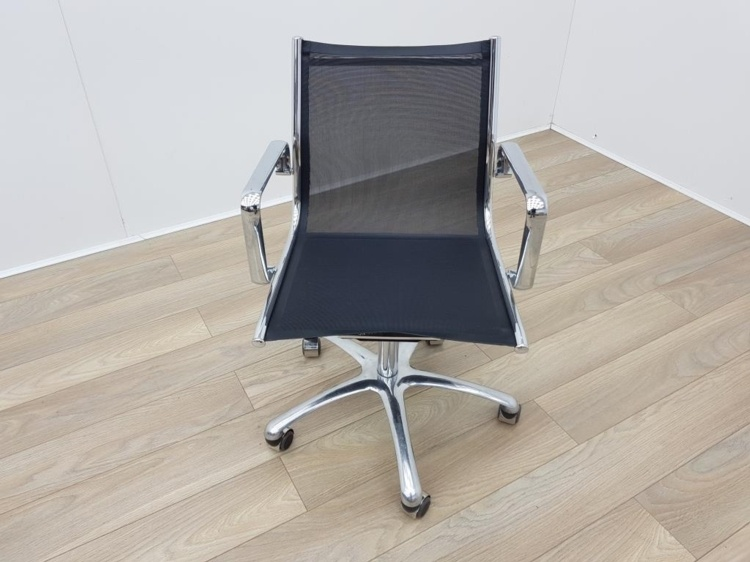 Eames Style Black Mesh Meeting Chairs