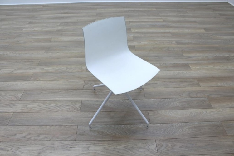 Arper Catifa 46 White Office Canteen / Meeting Chair