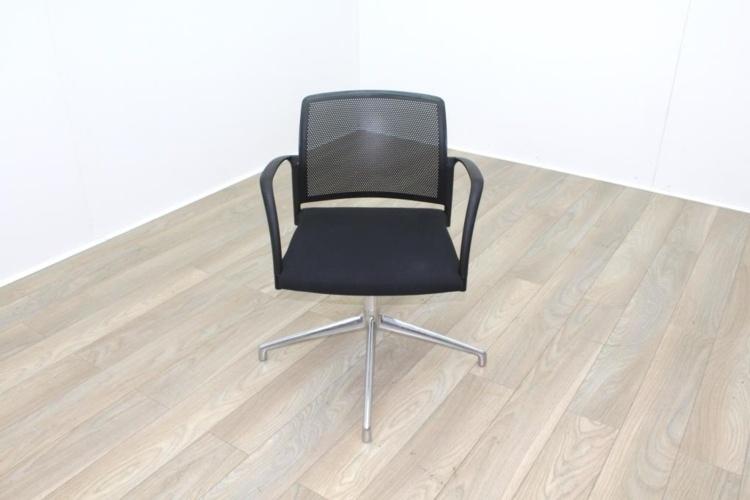 Boss Black Mesh Seat Black Fabric Seat Meeting Chair