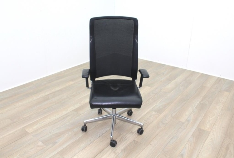 Interstuhl Black Leather Seat Operator Chair High Back