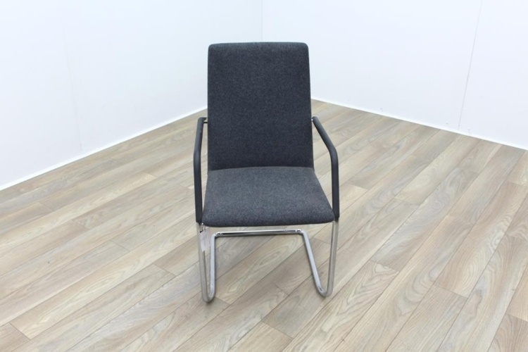 Brunner Fina Grey Fabric Cantilever Meeting Chair