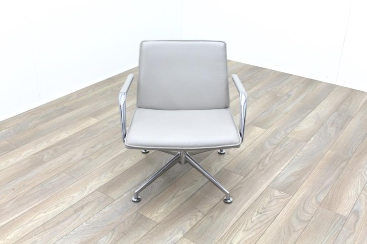 Brunner Light Grey Leather Meeting Chair