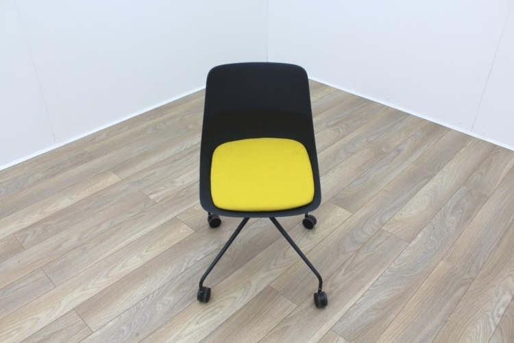 Brunner Black with Yellow Seat Meeting Chair