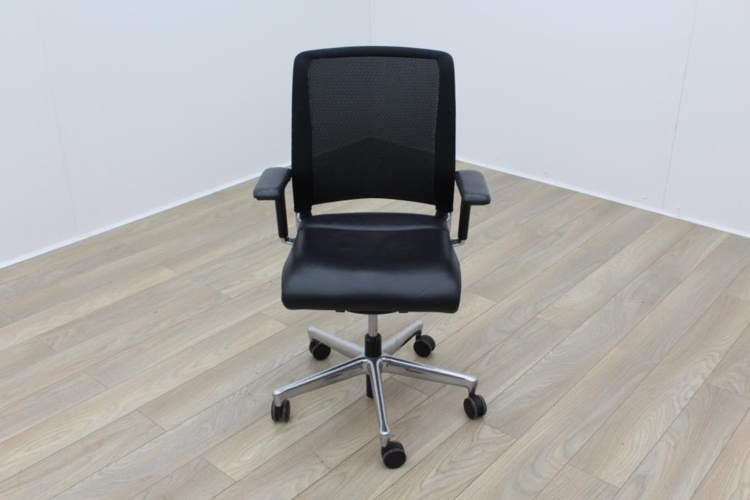 Interstuhl Black Leather Operator Chair