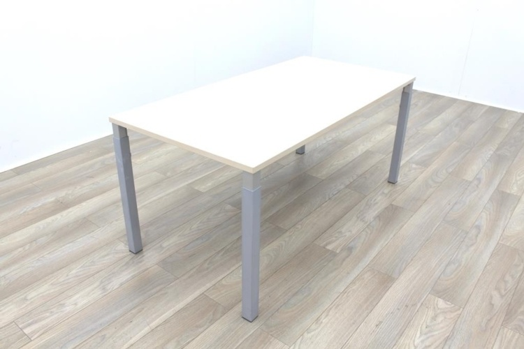 Hali Maple 1600mm Straight Office Desks