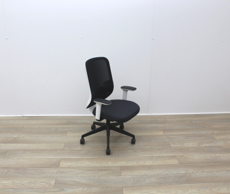 Orangebox Do Operator Chair With White Back