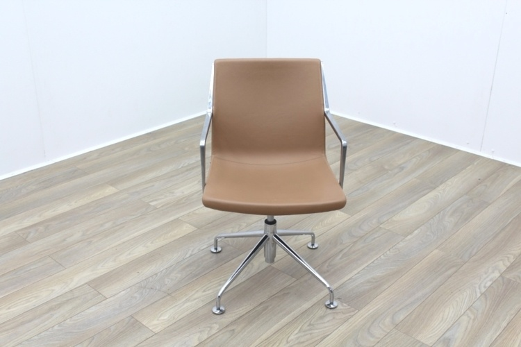 Kron Tan Brown Leather Executive Office Meeting Chairs