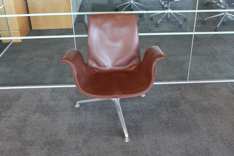 Brown Leather Walter Knoll Reception Lounge Chair