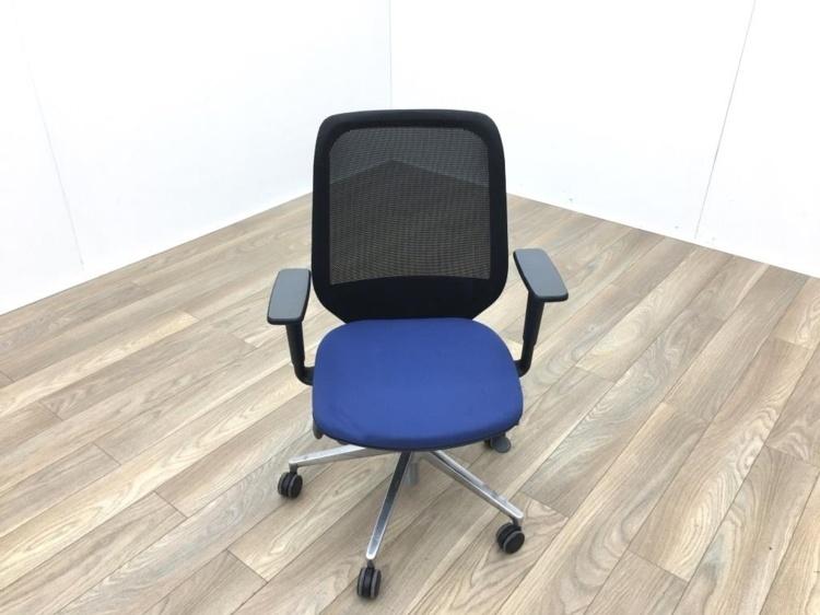 Orangebox Joy 12 Black Mesh Blue Seat Operator Chair
