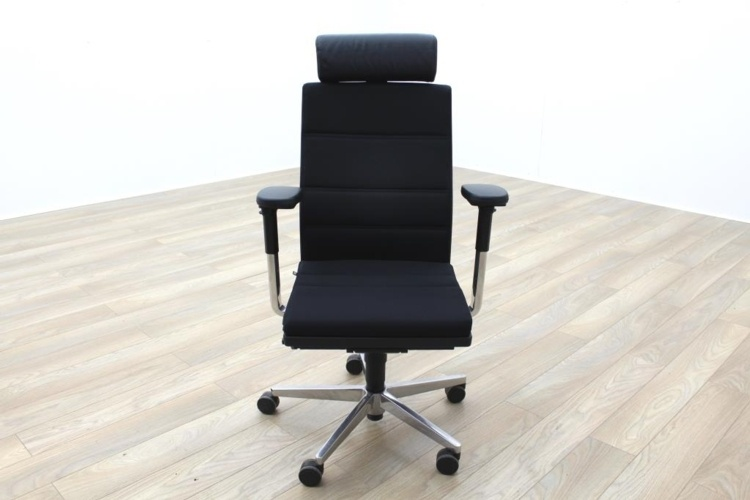 Sedus MR 24 Black Fabric 24hr Task Chair w/ Headrest