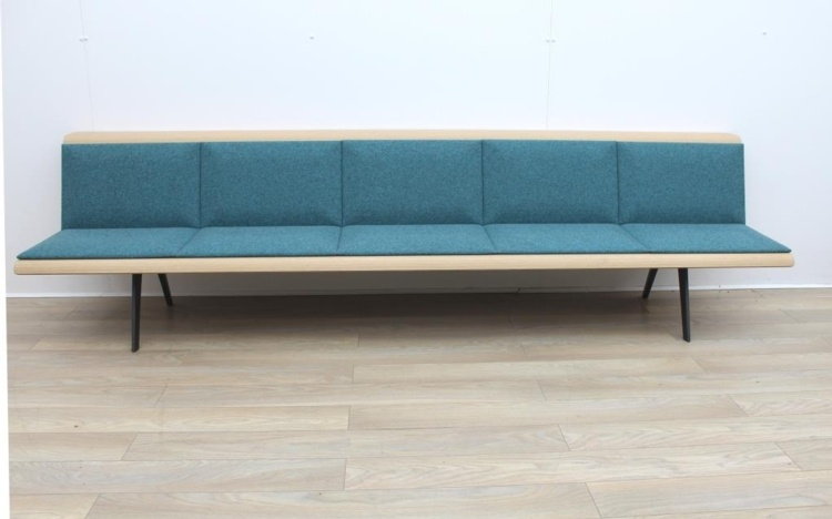 ARPER Five Person Bench Whit Oa Finish