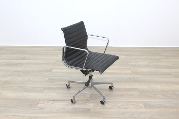 Eames Style Black Ribbed Office Task Chair