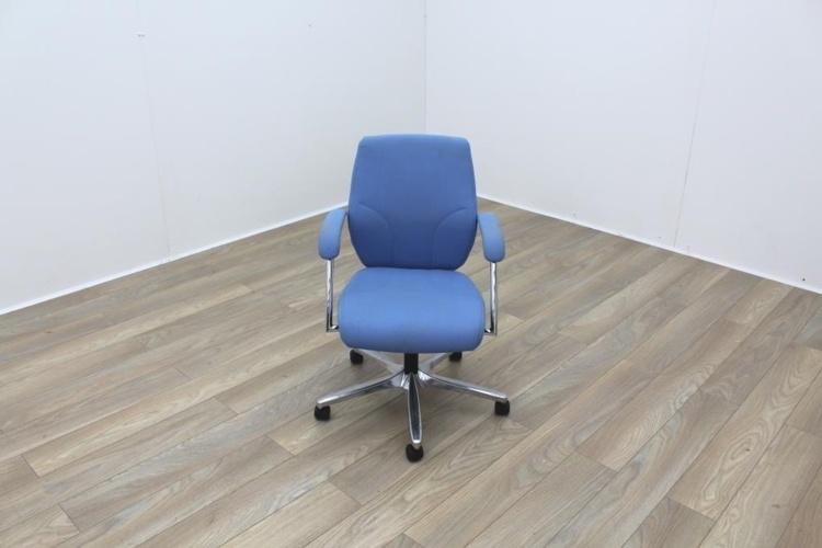 Giroflex G64 Blue Fabric Operator Chair