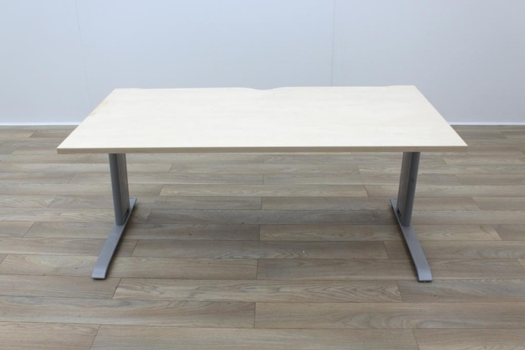 Maple 1600mm Straight Office Desks
