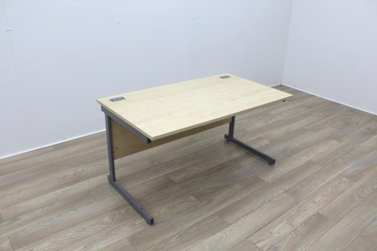 Maple 1400mm Cantilever Straight Office Desks