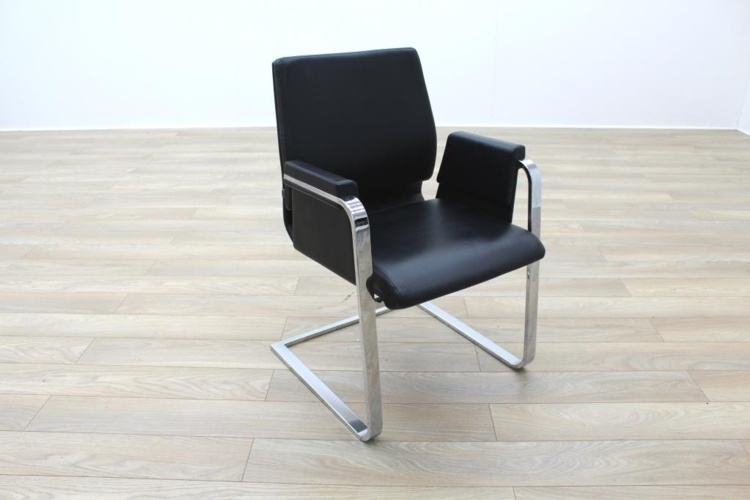 Interstuhl Axos Black Leather / Polished Chrome Executive Office Meeting Chairs