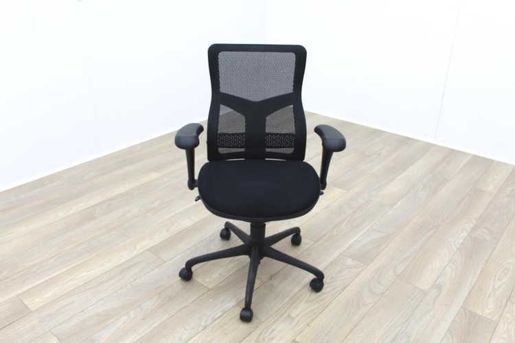 RS Pro Mesh Back Black Fabric Seat Operator Chair