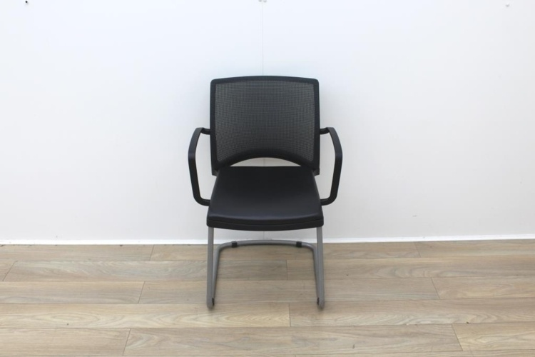 Herman Miller Meeting Chair Mesh Back/Leather Seat