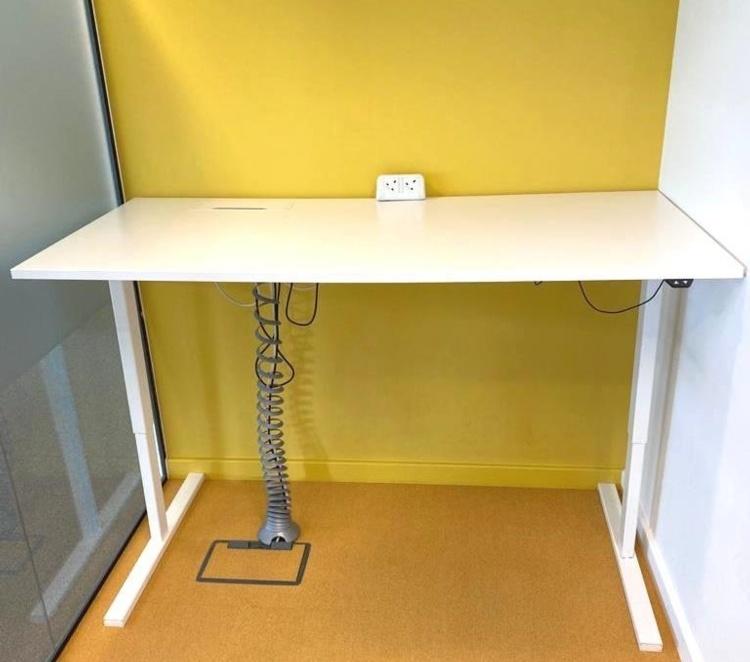High Adjustable Electric Desk