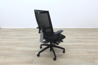 Task Black Mesh Black Fabric Operator Chair - Thumb 7