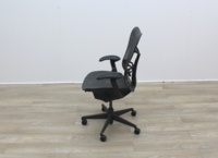 Herman Miller Mirra 1 Multifunction Office Task Chairs - Thumb 4