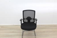 Black Meeting Chairs With Mesh Back and Fabric Seat - Thumb 3