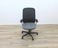 Bene Operator Chair With Grey Seat and Black Mesh Back - Thumb 3