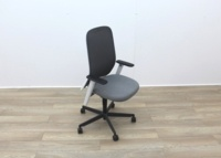 Bene Operator Chair With Grey Seat and Black Mesh Back - Thumb 6