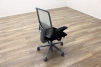 Giroflex G68 Black Fabric / White Mesh Office Task Chairs - Thumb 6