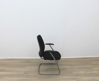 Black Fabric Meeting Chairs - Thumb 4
