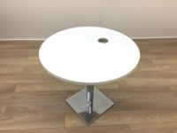 White Round Table with Portcable - Thumb 3