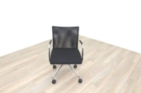 Zuco Visita Black Fabric Seat / Black Mesh Back Office Meeting Chair - Thumb 4