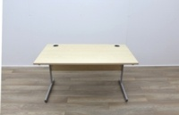 Maple 1400mm Cantilever Straight Office Desks - Thumb 3