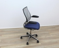 Humanscale Liberty Blue Fabric / Grey Mesh Office Task Chairs - Thumb 3