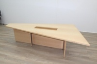 Sven Christiansen 3000mm Rare Triangular Solid Maple / Walnut Meeting Table - Thumb 5