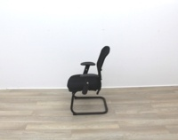 Black Meeting Chairs With Mesh Back and Fabric Seat - Thumb 4