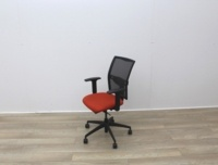 Mesh Back and Red Fabric Seat Operator Chair - Thumb 4