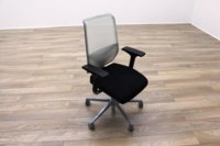 Giroflex G68 Black Fabric / White Mesh Office Task Chairs - Thumb 3