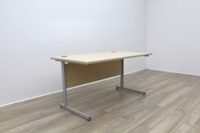 Maple 1400mm Cantilever Straight Office Desks - Thumb 4