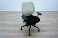 White Mesh / Black Fabric Multifunction Office Task Chairs - Thumb 2