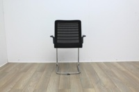 Black meeting chairs with mesh back and mesh seat finish with chrome base - Thumb 5