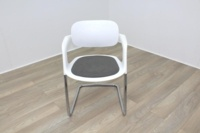 Allermuir A781 White with Grey Seat Meeting Chair - Thumb 2