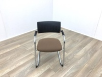 Black Back Brown Seat Meeting Chairs - Thumb 2