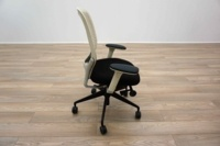 White Mesh / Black Fabric Multifunction Office Task Chairs - Thumb 4
