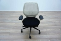 White Mesh / Black Fabric Multifunction Office Task Chairs - Thumb 3