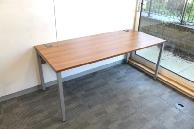 Walnut 1800mm Straight Office Desks